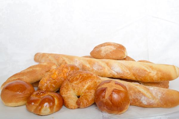 Matthews Bakery Breads  Baguettes